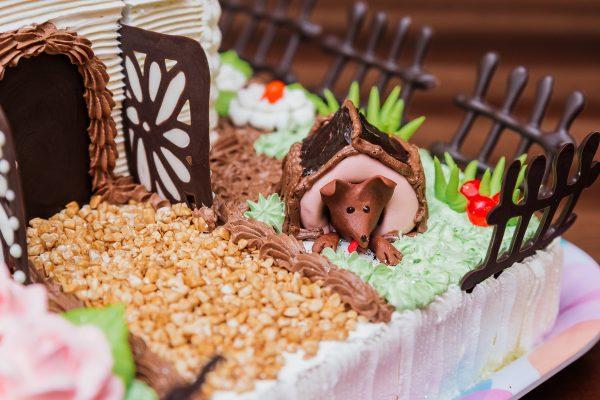 Торт на банкет